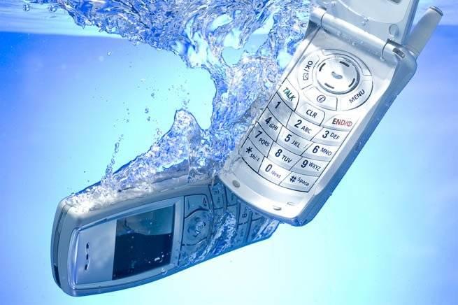Почему греется батарея в телефоне и садится