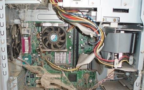 Почему компьютер самопроизвольно перезагружается
