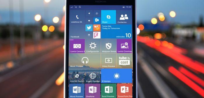 Что представляет собой функция One-Handed в Windows 10 Mobile
