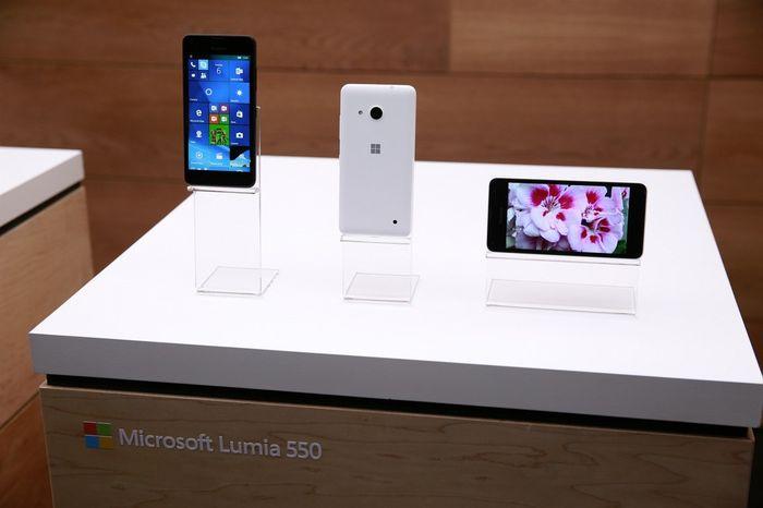 Lumia 950, 950 XL, 650, 550 и Xiaomi Mi4 получили новую сборку Windows 10 Mobile Insider Preview (Build 14267)