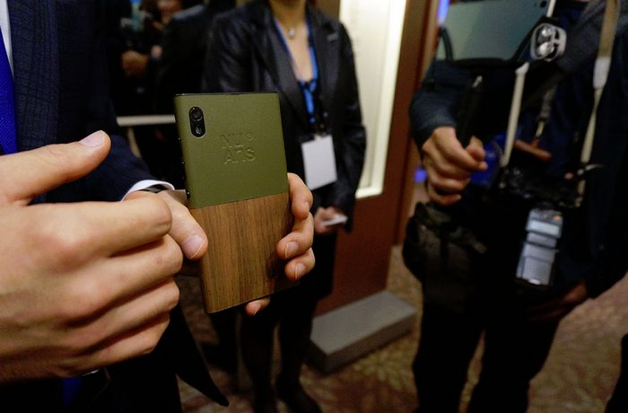 VAIO и другие японские производители планируют выпустить смартфоны с Windows 10 Mobile