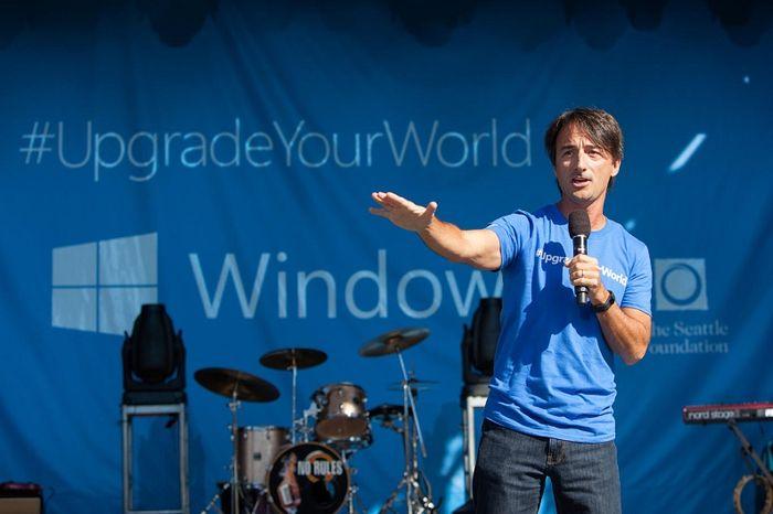Ответственный за Windows покинет Microsoft почти на целый год