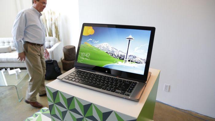 Acer Aspire R7 – новый ноутбук с поворотным сенсорным экраном
