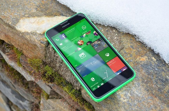 Microsoft выпускает Windows 10 Mobile build 10586.122