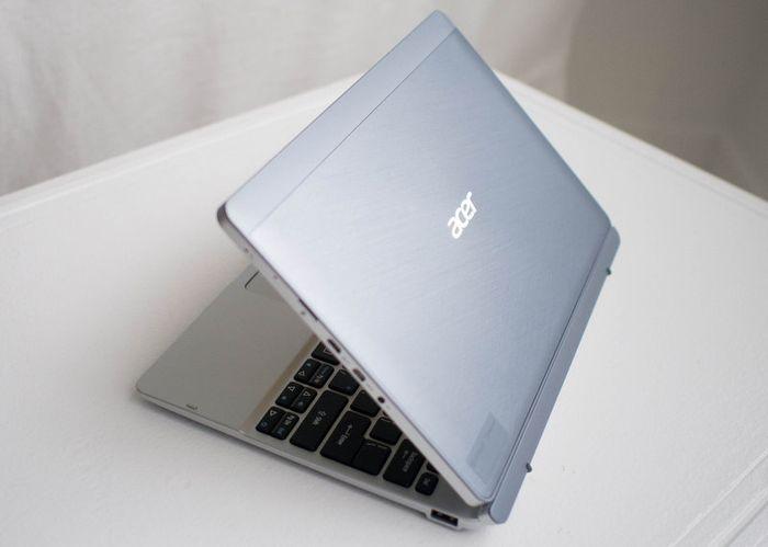 Acer Aspire Switch 10: гибридное устройство с 4 режимами работы