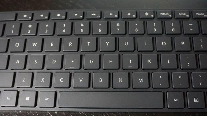 Microsoft запускает новую Bluetooth-клавиатуру и мышь