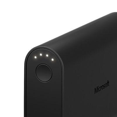 Microsoft представила три портативных зарядных устройства Portable Dual Charger