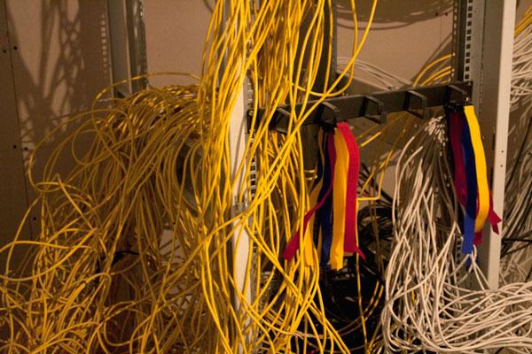 Куча кабеля для домашней сети