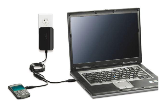 Зарядка аккумулятора у ноутбука и телефона